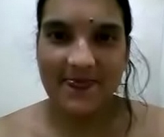 bengali horny hefty come up bhabhi mms bathing for lover