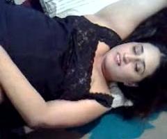 Manju Bhabhi ka jadu padaso ke saath