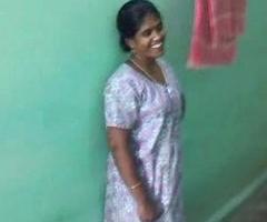 Sexy sexy Tamil aunty