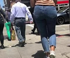 Desi Teen stroller her fine ass through burnish apply City