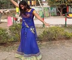 Amateur Bangladeshi School Girl Hot Dance Everywhere Song
