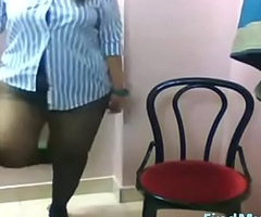 Busty Indian Lily expose her Boobs , XXX Ass on Livecam