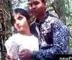 Most Pulchritudinous and cute Indian girl kiss and boob pressed by beau handy jungle handy newPorn4u.com