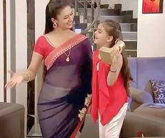 Divyanka Tripathi Hot Breaking &_ Omphalos