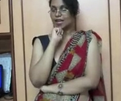 Sizzling lily unselfish indian porn giving overseas about juvenile students