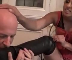 Indian Mistress Sahara Knite makes her sub lick her waitress