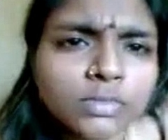Chubby aunty fingering her slit surpassing camera and loving herself - Watch Indian Porn[via torchbrowser